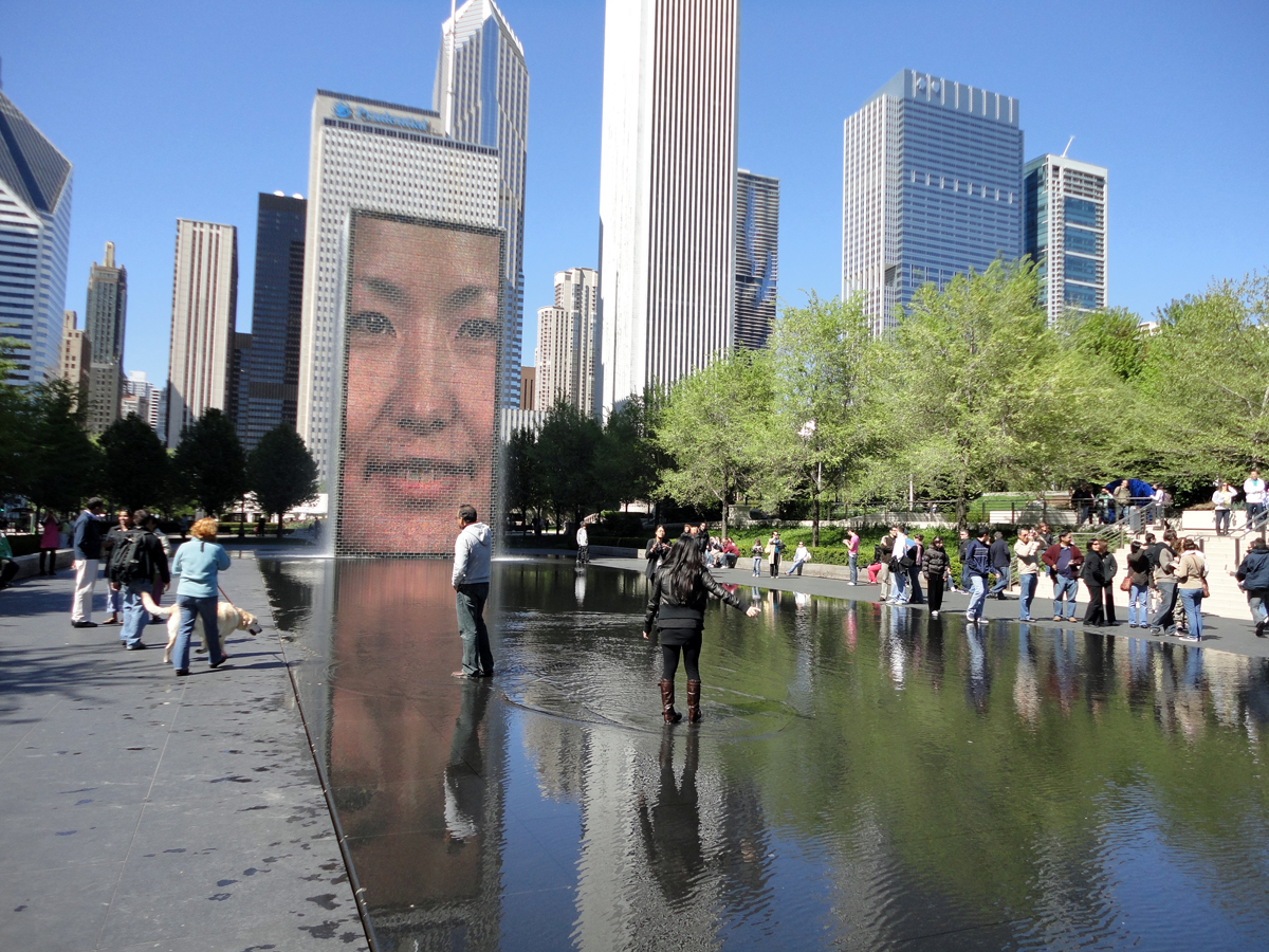 Chicago: Millenium Park - Crown Fountain