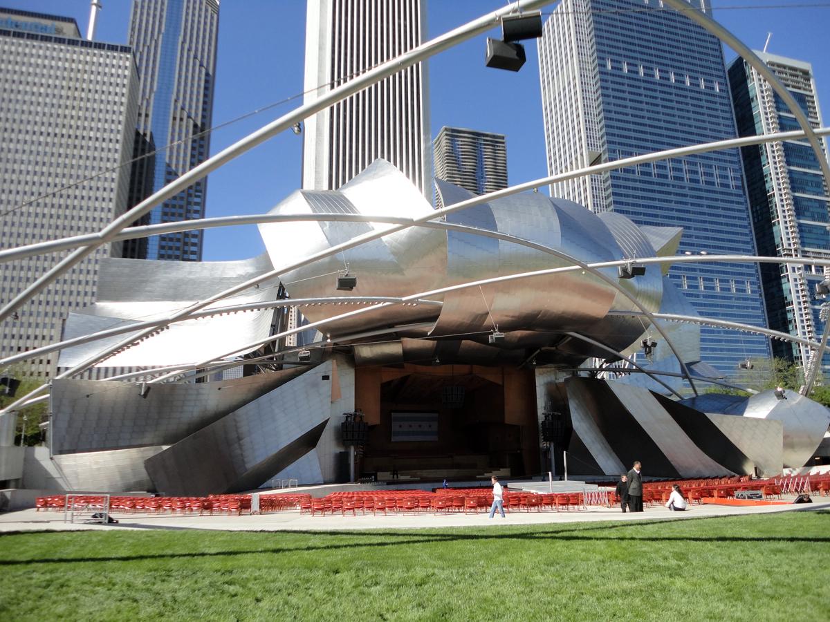 Chicago: Millenium Park - Jay Pritzker Pavilion