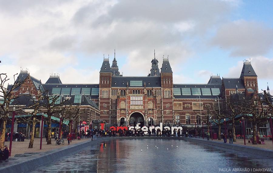 Paula Abrahao - Museumplein, Amsterdam