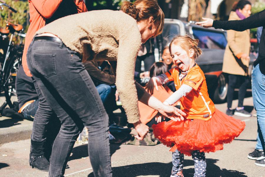 Paula Abrahão | BLOG - Koningsdag 2015 (Dia do Rei em Amsterdam)