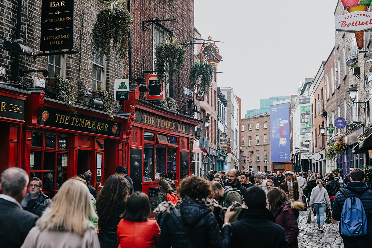 Paula Abrahao | Cartões Postais da Irlanda - Temple Bar